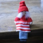 Knitting Tomte Lady