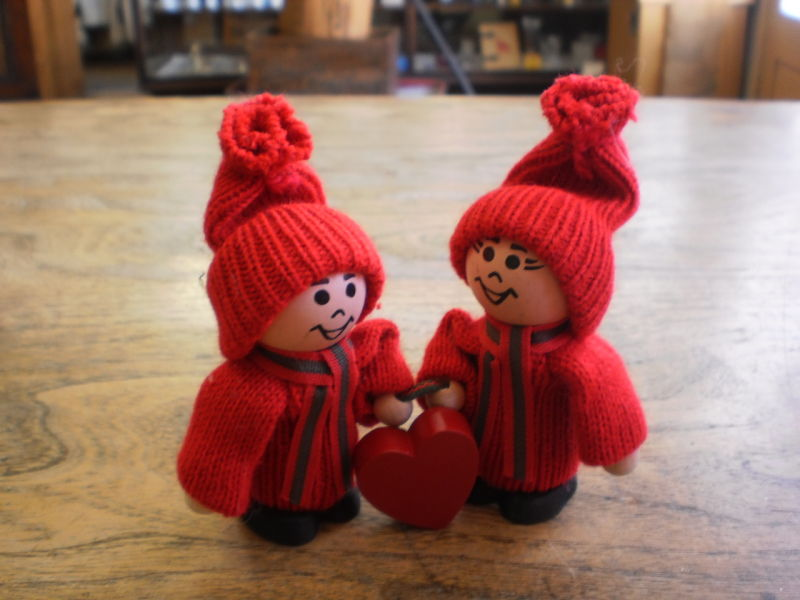 Red Tomte Pair with Heart